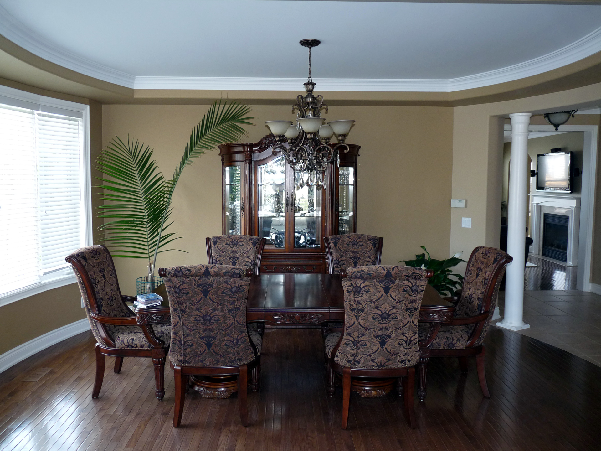 Perfect Taupe Dining Room 1920 x 1440 · 1677 kB · jpeg