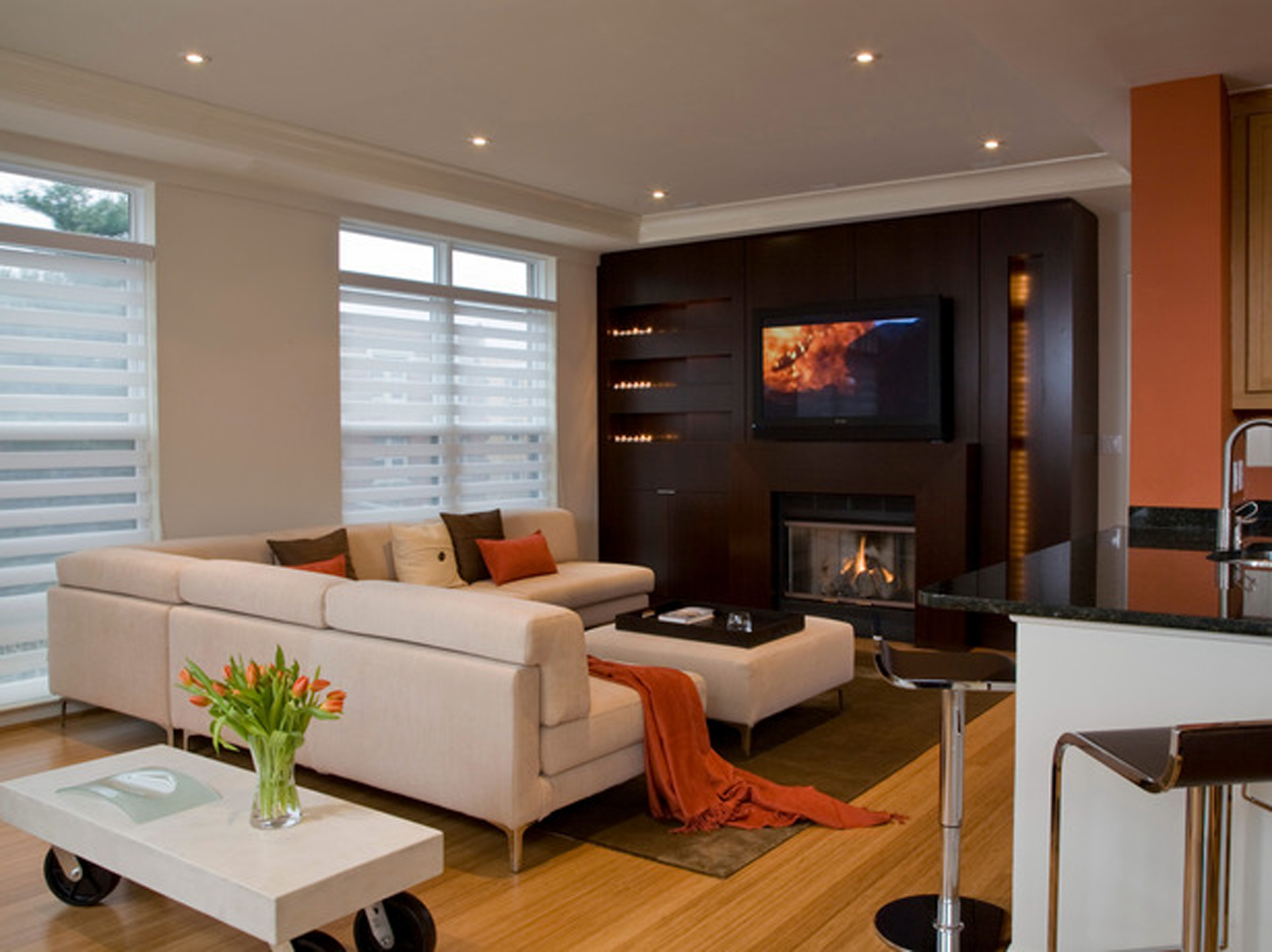 Remarkable Modern Living Room with Fireplace and TV 1920 x 1437 · 865 kB · jpeg