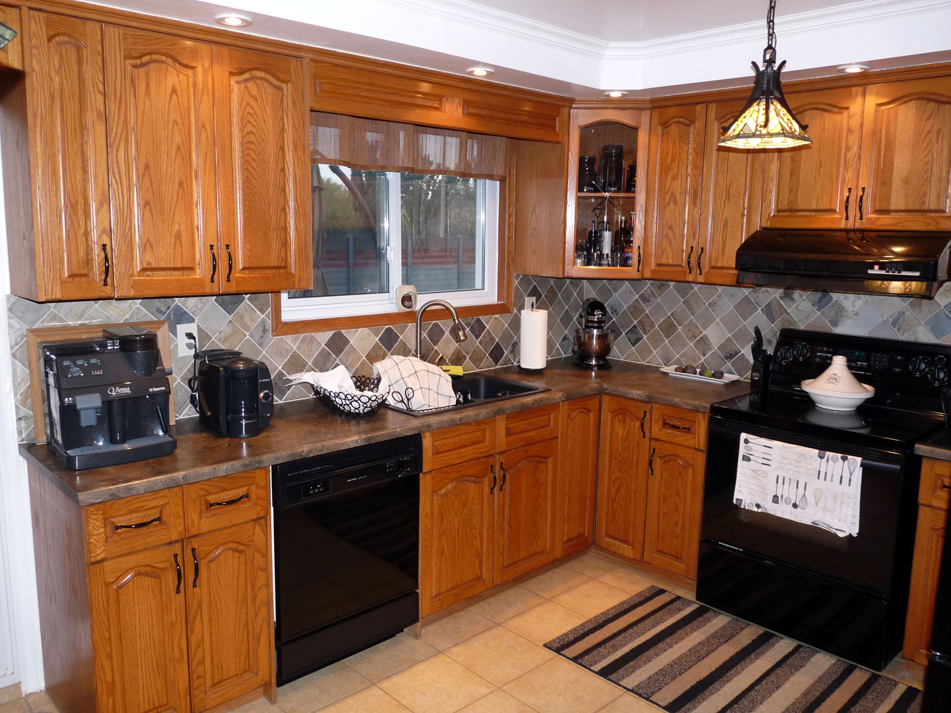 Pictures Of Refinished Kitchen Cabinets